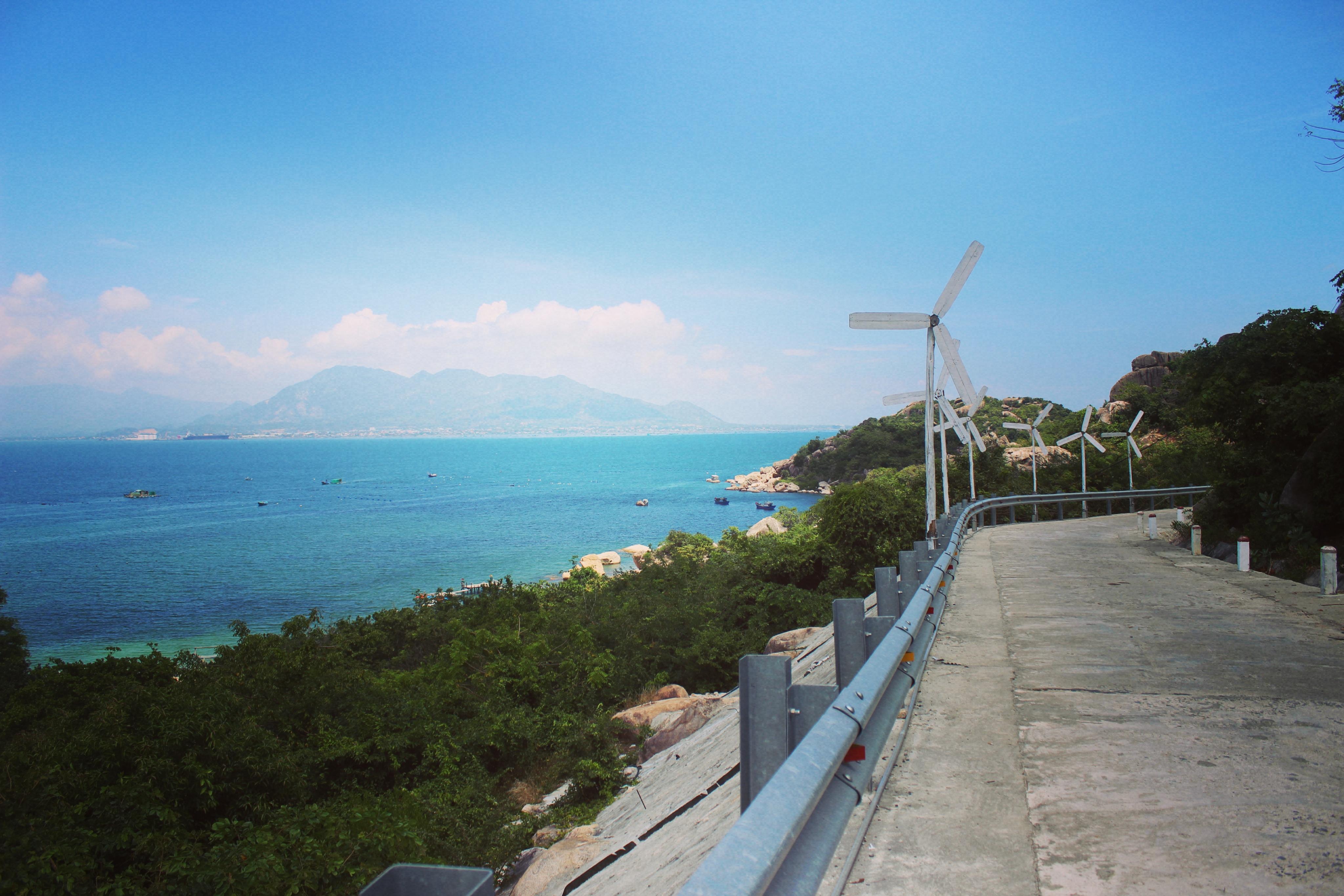 Kết quả hình ảnh cho resort sao biển